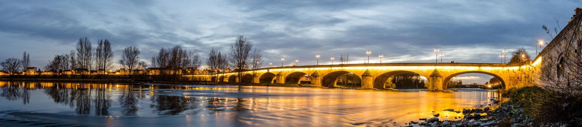 Photo du pont Georges V à Orléans dans le Loiret